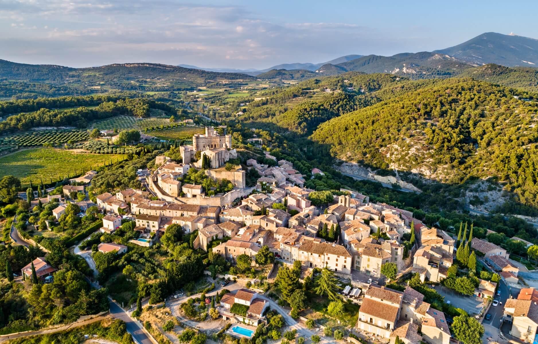 Châteaux en Provence: Le Barroux
